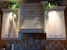 Decorative trims, crown moulding, and interior renovations by Quality Cabinets - Parksville - Qualicum - Project-11