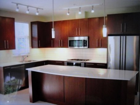 Kitchen Renovation 1 before - Quality Cabinets - Parksville - Qualicum